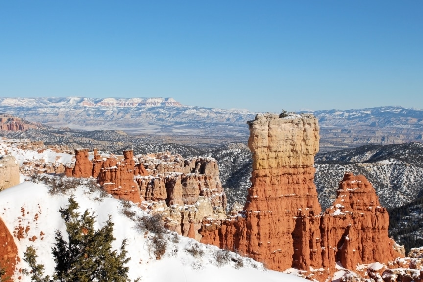Bryce Canyon winter travel guide // The Conscious Collective